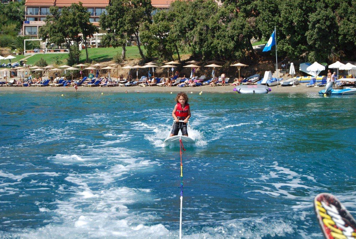 Baby learning board foe waterski