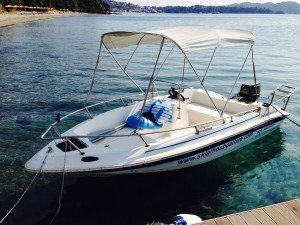 Skiathos boat hire at Stefanos Ski School on Vassilias beach