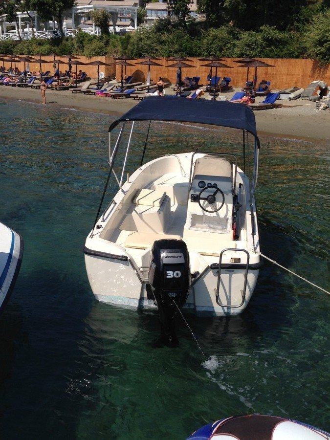 Skiathos Boat Hire at stefanos ski school
